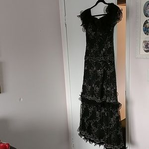 Skinz formal evening gown